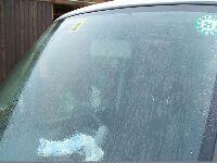 車ガラス水垢取り前1